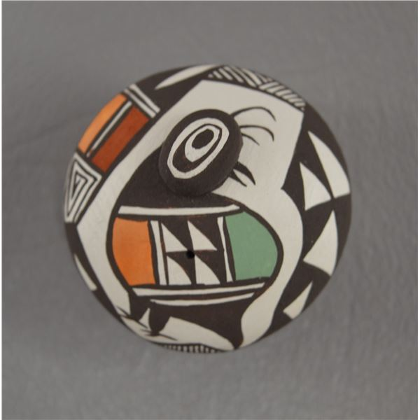 NATIVE AMERICAN ACOMA POTTERY SEED JAR BY C CONCHO