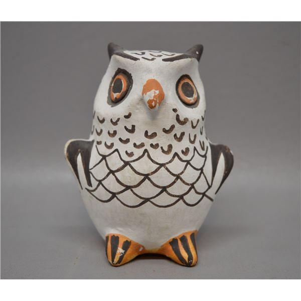 NATIVE AMERICAN ACOMA POTTERY OWL BY F TORIVIO