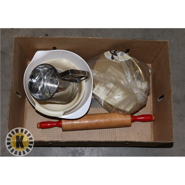 ASSORTED BOX OF BAKING DISHES INCLUDES A SIFTER