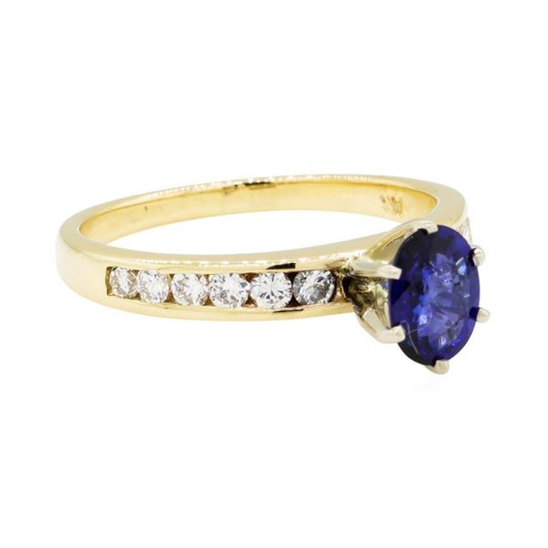 0.81 ctw Sapphire and Diamond Ring - 14KT Yellow Gold