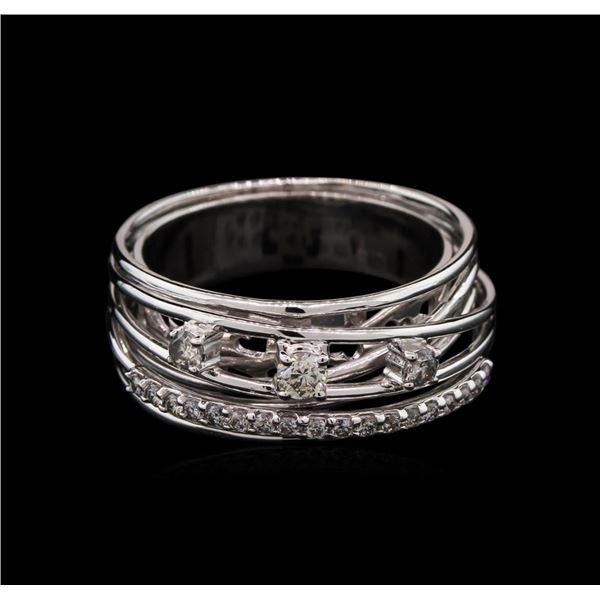 0.42 ctw Diamond Ring - 14KT White Gold