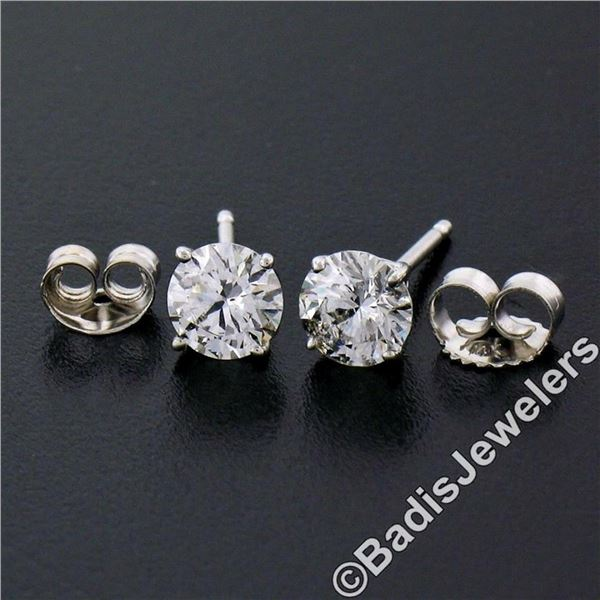 New Classic 14kt White Gold 0.75 ctw Round Brilliant Diamond Stud Earrings