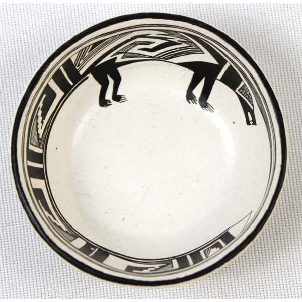 Mimbres Design Coatimundi Pottery Bowl Replica