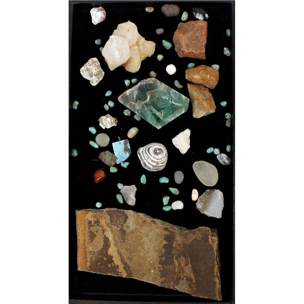 Collection of Rock Specimens & Turquoise Beads