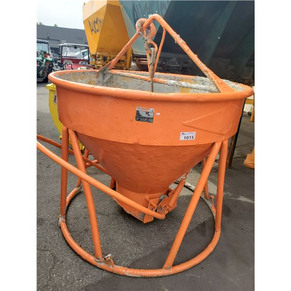 GAR-BRO MODEL #440-R CONCRETE BUCKET