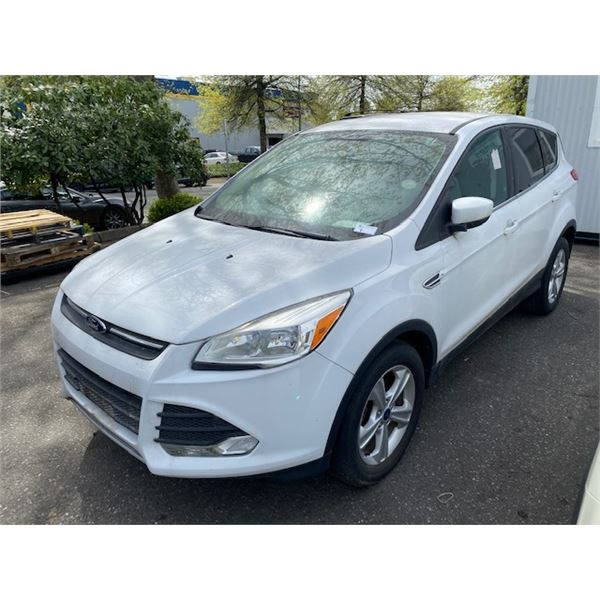 2014 FORD ESCAPE SE, ECO BOOST 4DR SUV, WHITE, VIN # 1FMCU0GX3EUC39980