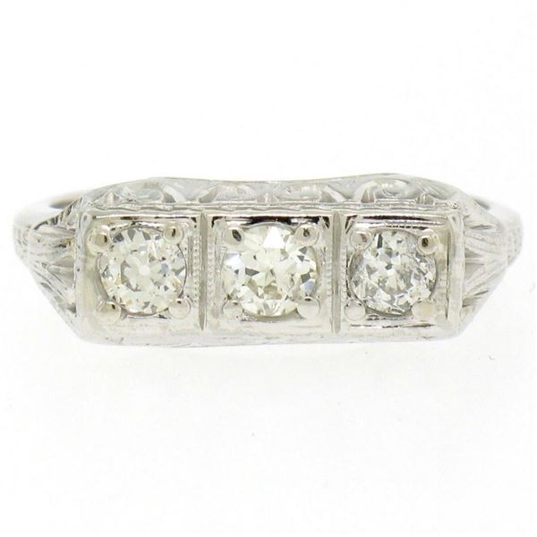Antique Art Deco 18kt White Gold 0.55 ctw European Cut Diamond Filigree Ring