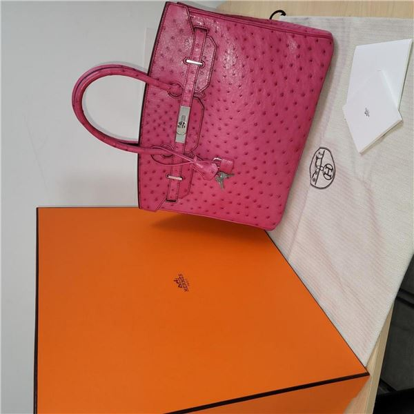 Hermes Birkin 35 featured in Pink Ostrich