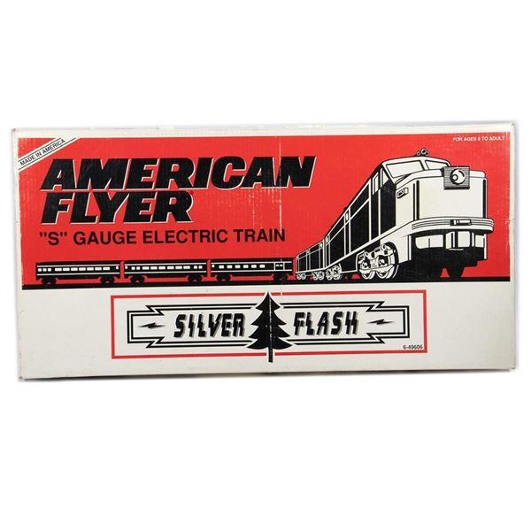 AF by Lionel 6-49606 Silver Flash Diesel Streamliner