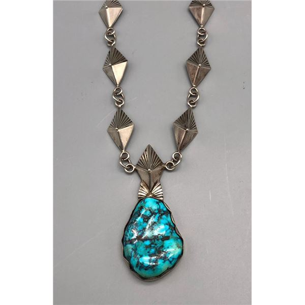 Beautiful Turquoise and Sterling Silver Necklace