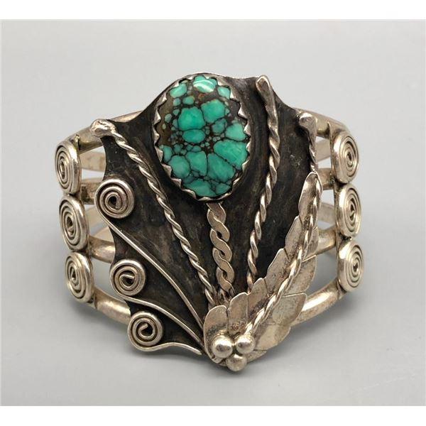 Vintage Flower Pot Design Turquoise Bracelet