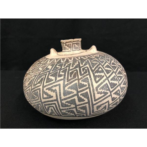 Prehistoric Anasazi Pottery Jar