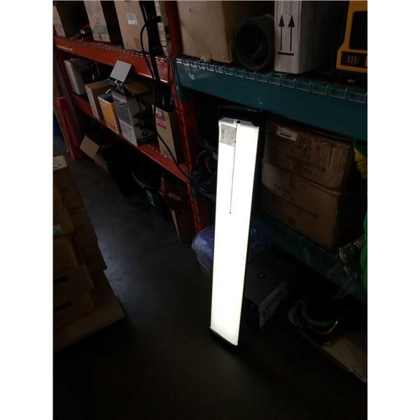 4 foot LED shop light
