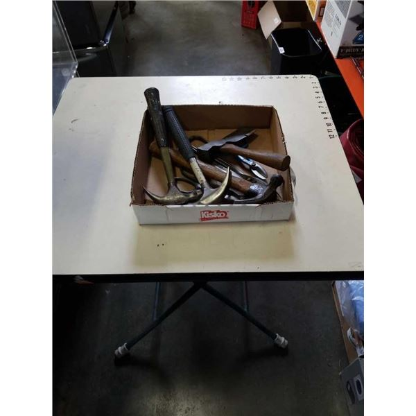 TRAY OF HAMMERS AND SHEARS