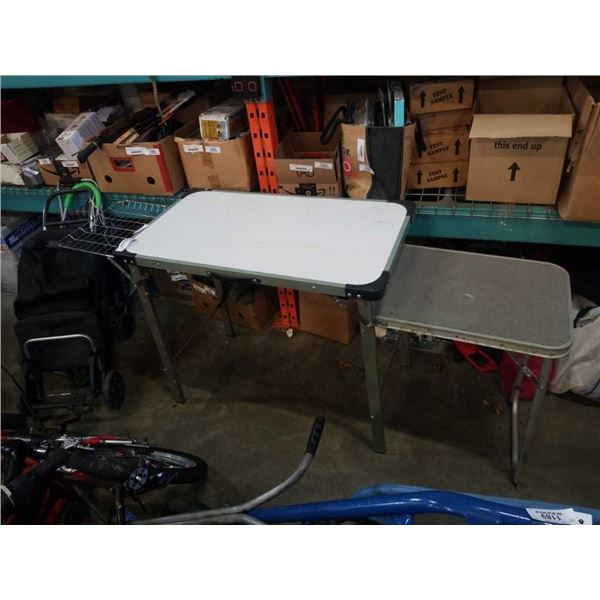 FOLDING TABLE AND SHOPPING CARTS
