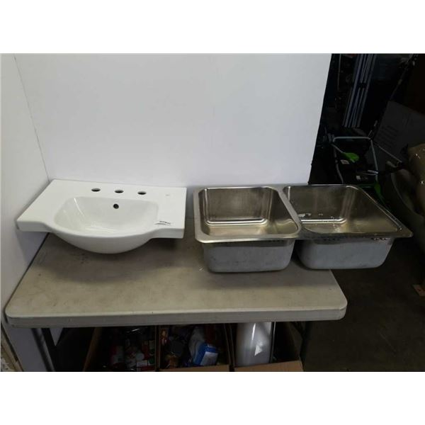 KOHLER SINK AND DOUBLE STAINLESS SINK
