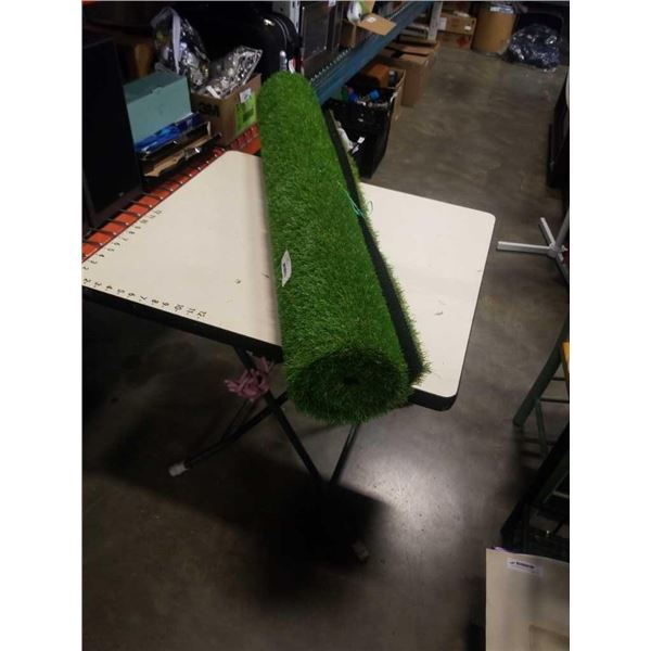 4ft x 10ft artificial turf