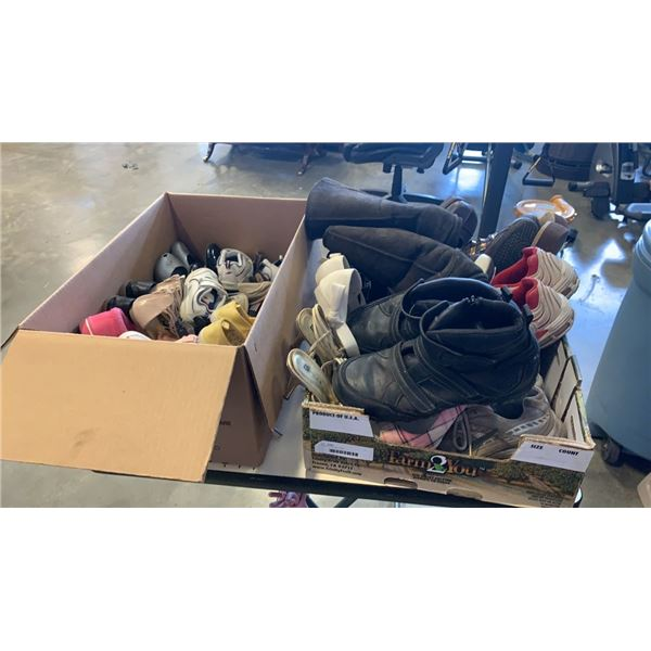 2 boxes of various shoes