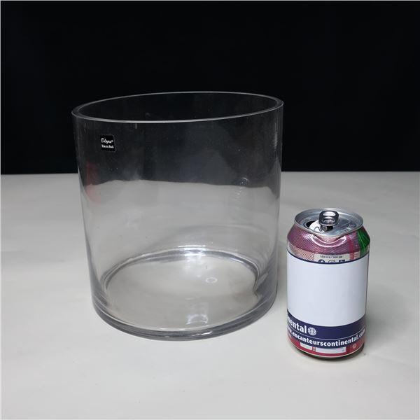 LOT: 3 GLASS VASS / VASES EN VERRE