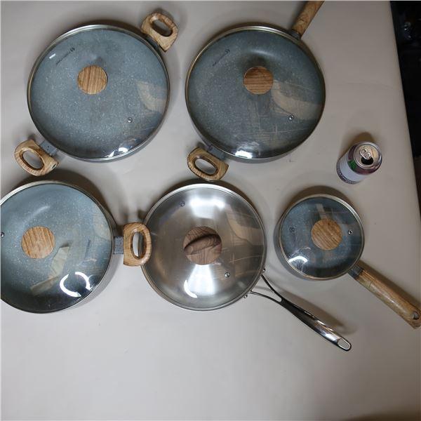LOT: 5 PCS COOKING SET / ENS. BATTERIE DE CUISINE