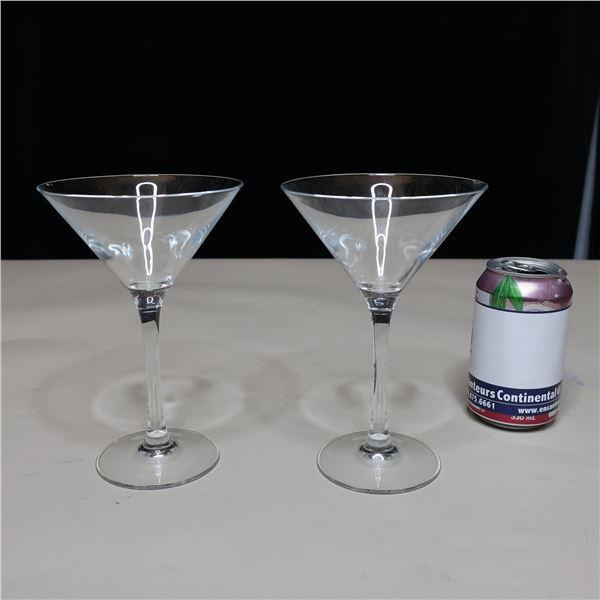 LOT: 28 MARTINI GLASSES (10 OZ) VERRES A MARTINI