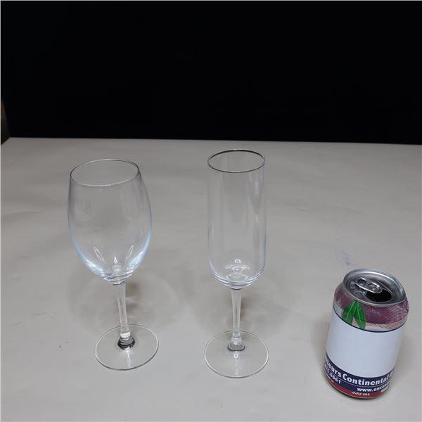 LOT: 30 ASST GLASSES / COUPE ASSORTIS