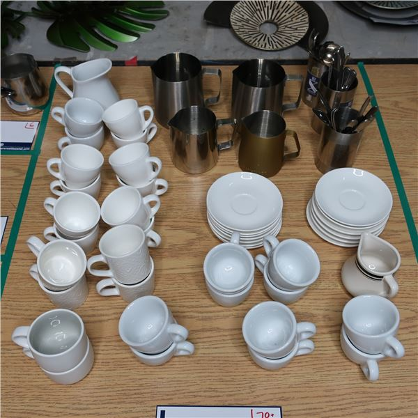 LOT: 70+ COFFEE ACCESSORIES /ACCESS. À CAFÉ
