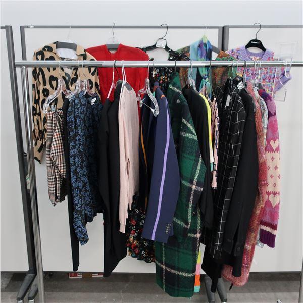 25pcs MAIN CHARACTER WOMAN CLOTHING (MED)