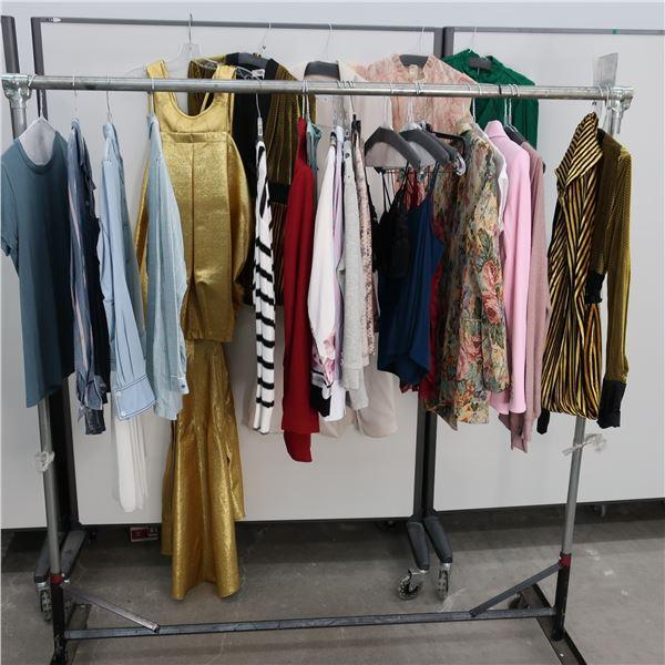 25pcs MAIN CHARACTER WOMAN CLOTHING (X-SM)