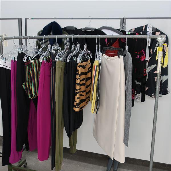 21pcs MAIN CHARACTER WOMAN CLOTHING (6-8)