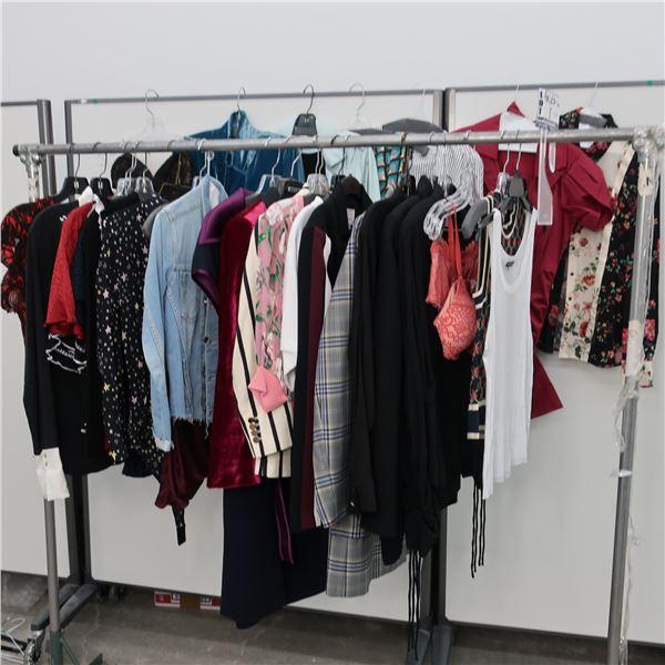 29pcs MAIN CHARACTER WOMAN CLOTHING (SM)