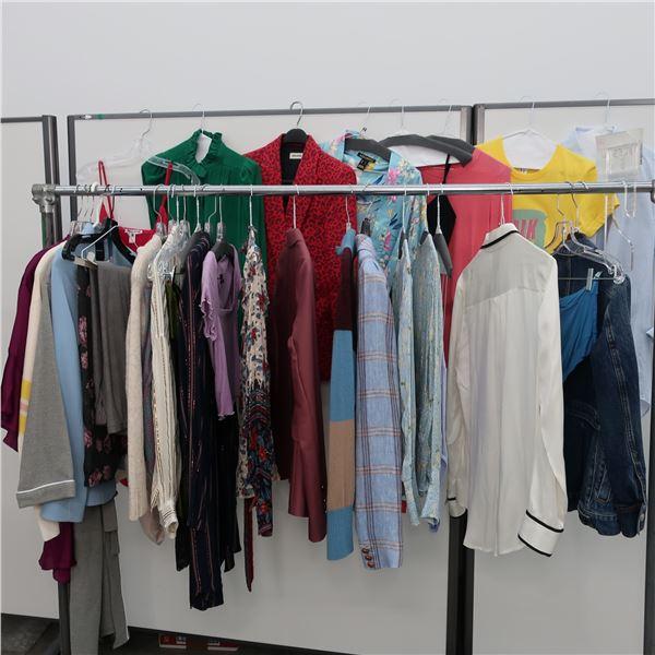 30pcs MAIN CHARACTER WOMAN CLOTHING (SM)