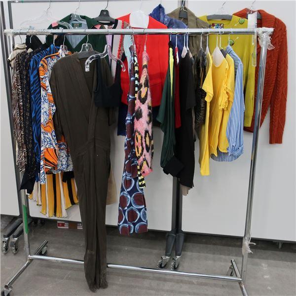 27pcs MAIN CHARACTER WOMAN CLOTHING (SM)