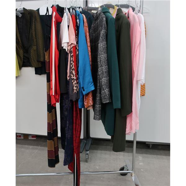 25pcs MAIN CHARACTER WOMAN CLOTHING (18)