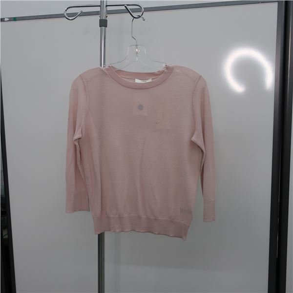 NEW - VINCE SHIRT - SIZE: SMALL, (MAIN CHARACTER)
