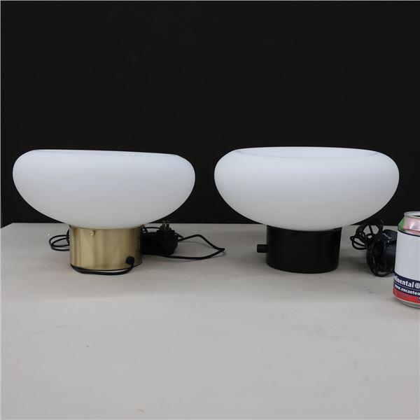 LOT: 2 LED TABLE LAMP