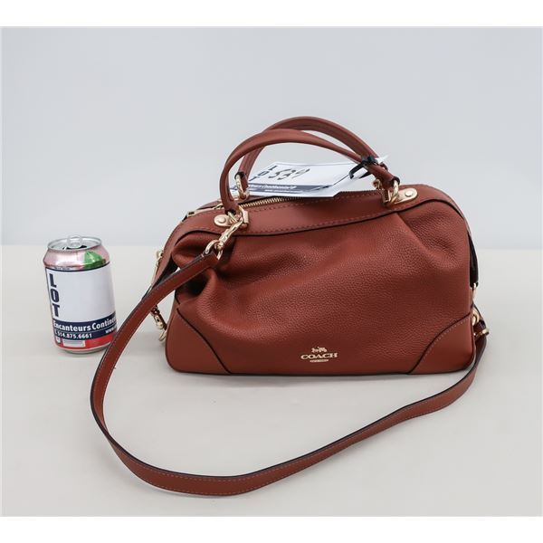 NEW - COACH HAND BAG