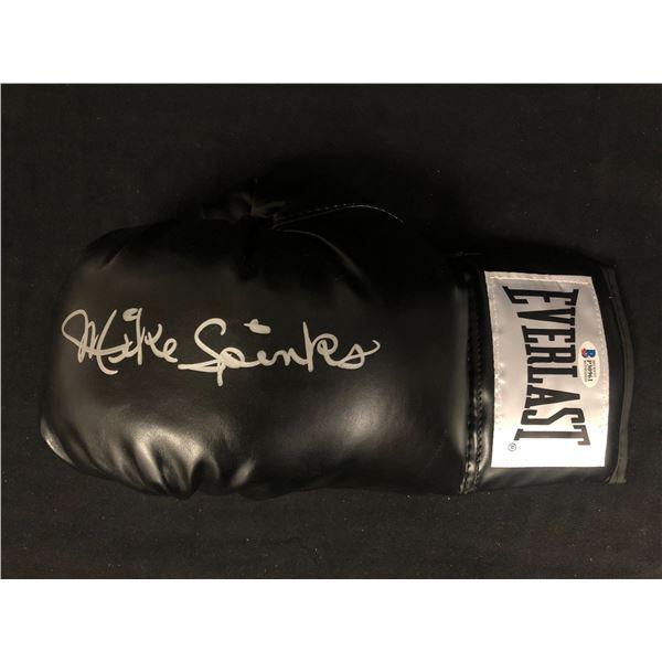 Michael Spinks Signed Black Everlast Boxing Glove Inscribed (Beckett Witnessed)