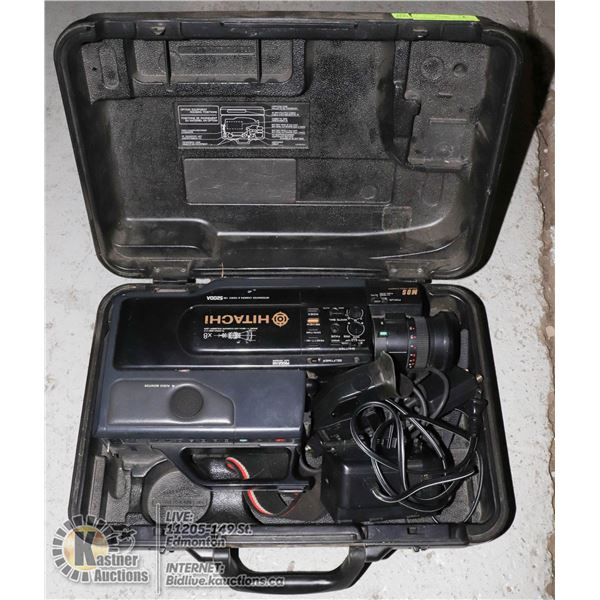 HITACHI CAMCORDER W/ CHARGER NO BATTERY