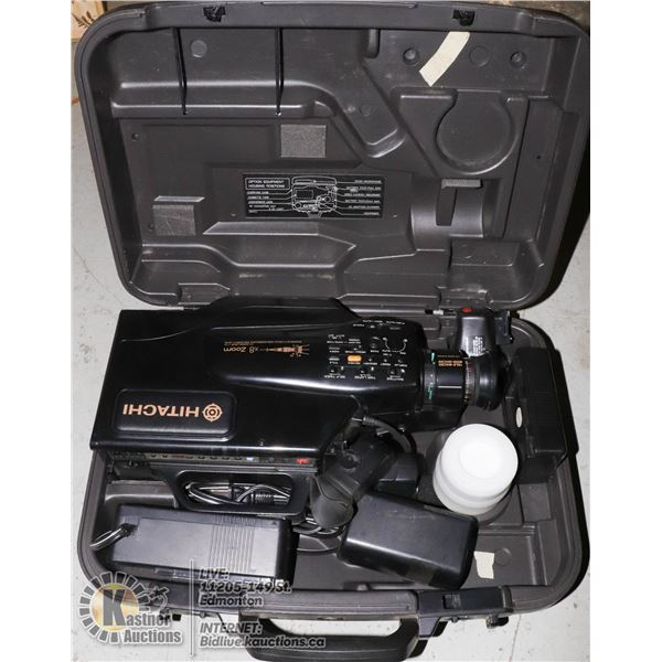HITACHI CAMCORDER W/ CHARGER, BATTERY AND EXTRA ACCESSORIES