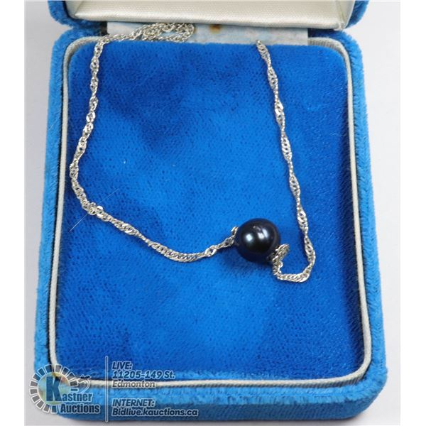 A 925-STERLING SILVER CHAIN WITH A BLACK FRESHWATER PEARL