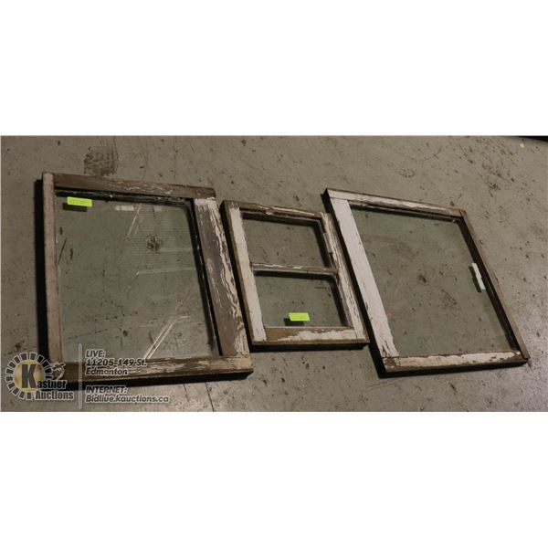 LOT OF THREE OLD WOODEN WINDOWS NICELY WEATHERED, ORIGINAL GLASS.  GREAT FOR LANDSCAPING, PICTURE FR