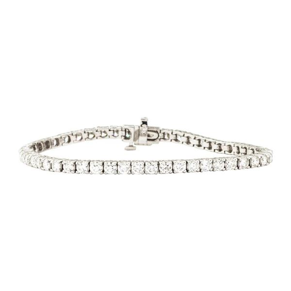 5.50 ctw Round Brilliant Cut Diamond Tennis Bracelet - 14KT White Gold