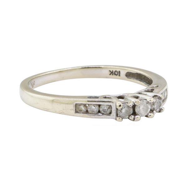 0.20 ctw Diamond Ring - 10KT White Gold