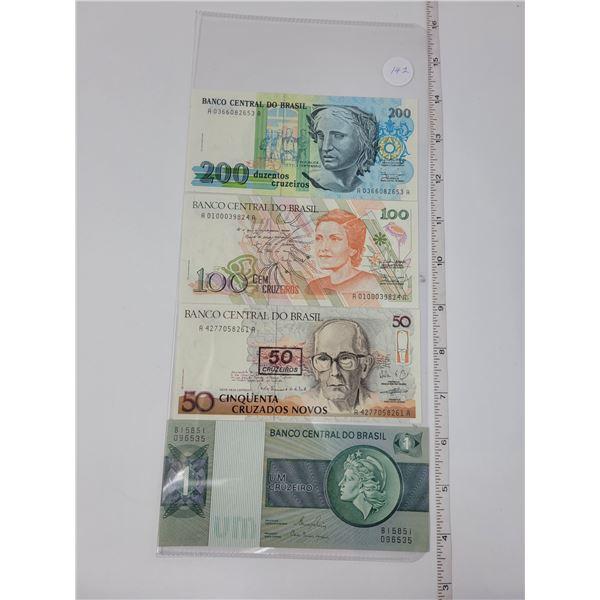 4 Banco centro do Brazil bills - 1 200, 1 100, 1 50, 1 1 uncirculated