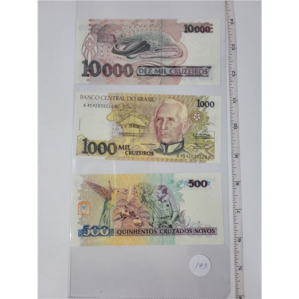 4 Banco centro do Brazil bills - 1 500, 1 1000, 1 10000 uncirculated