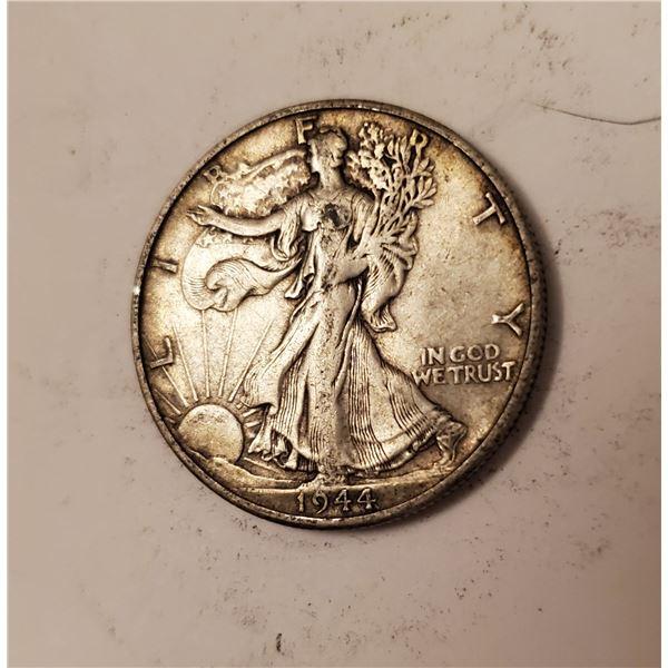 1944 Walking Liberty US 90% silver half dollar