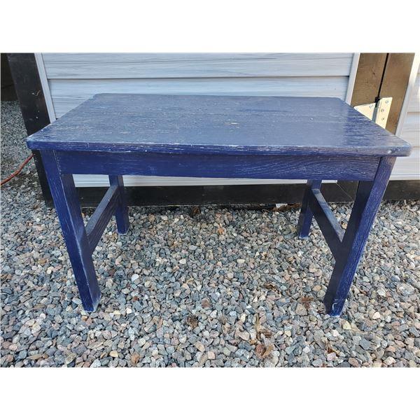 2 1/2' Oak garden/deck bench painted blue