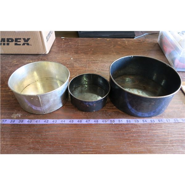 3 Very Old Spring Pans