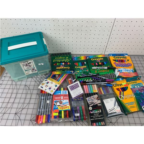 CONTAINER OF MARKERS PENCIL CRAYONS ART MISC